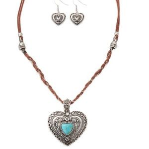 Leather & Silver necklace with heart pendant